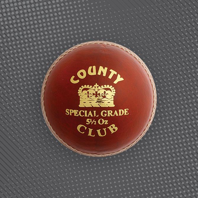 HUNTS COUNTY FREEWAY SOFT TRAINING CRICKET BALL SET by Hunts